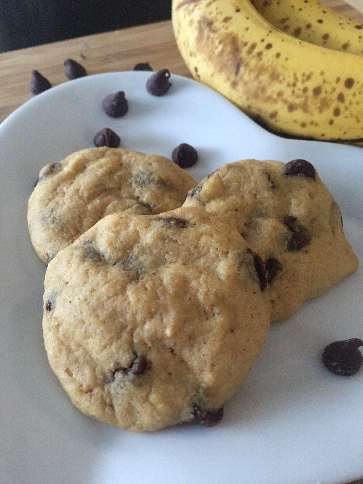 Erin Palinski-Wade's Chocolate Chip Banana Breakfast Cookies